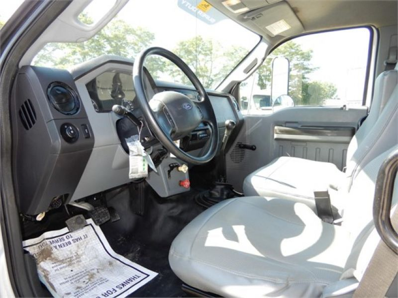 2011 FORD F750 5087893211