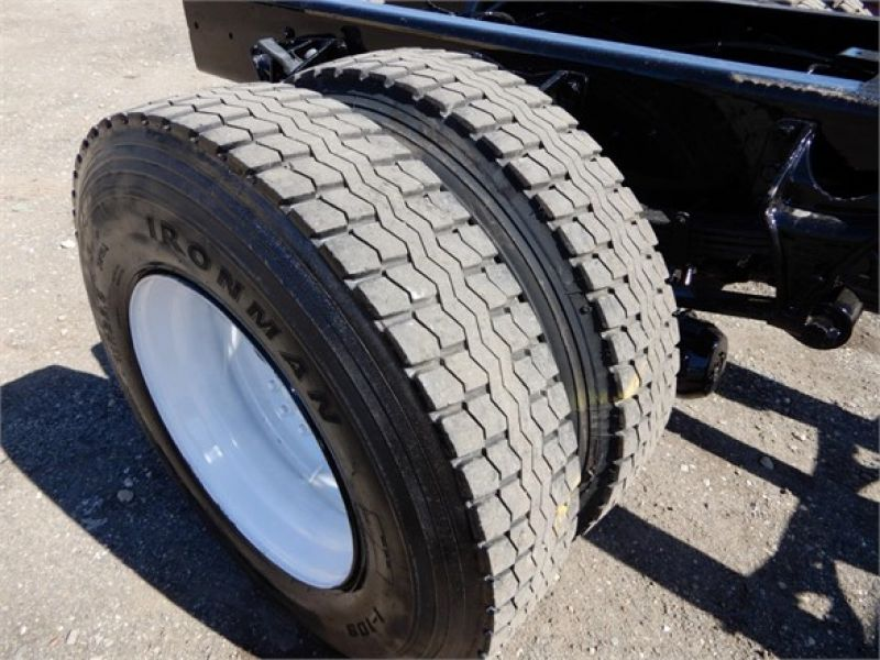 2011 FORD F750 5087893269