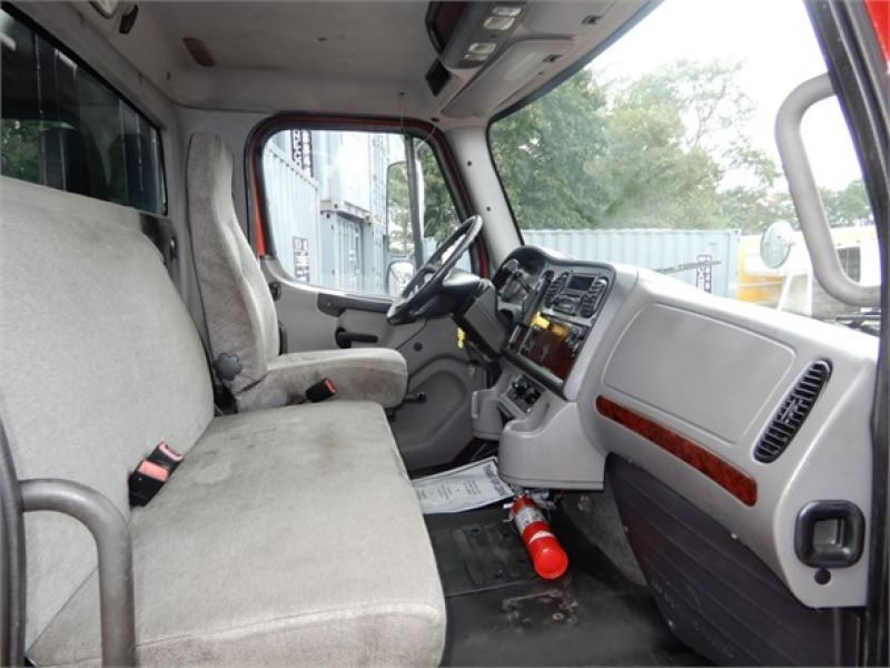 2012 FREIGHTLINER BUSINESS CLASS M2 106 5128692807