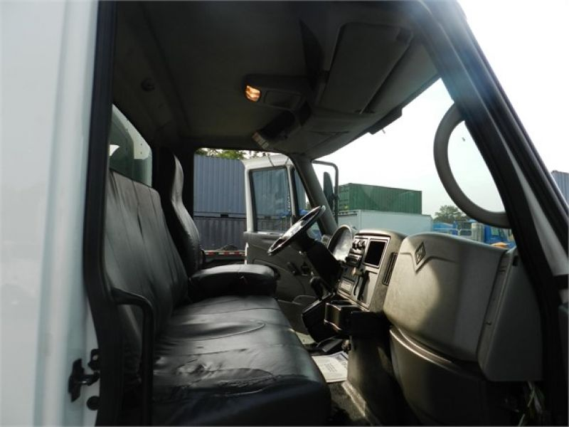 Thumbnail : 2010 INTERNATIONAL DURASTAR 4300 3051907886