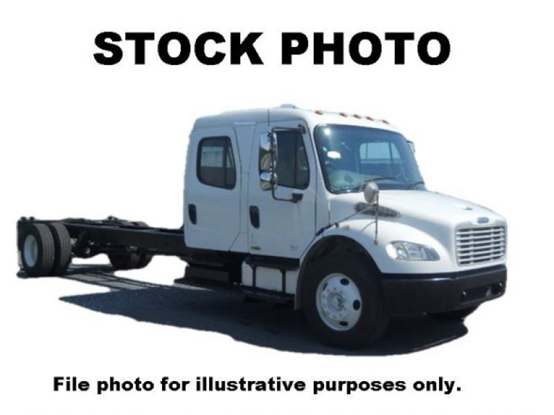2010 FREIGHTLINER BUSINESS CLASS M2 106 6062352061