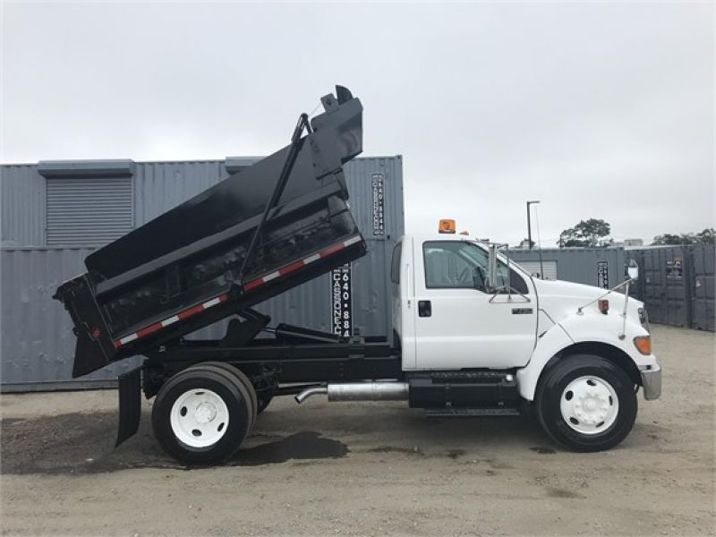 2006 FORD F750 6081900449