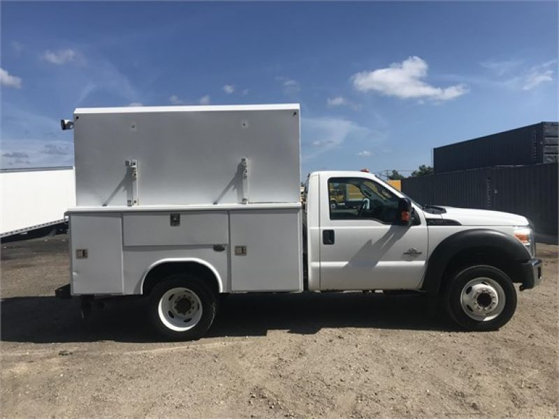 2011 FORD F450 6090295227