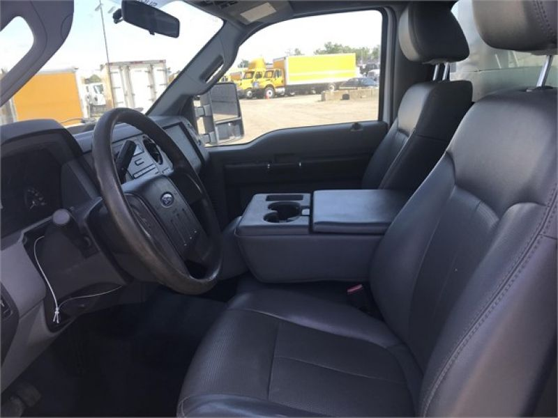 2011 FORD F450 6090295259