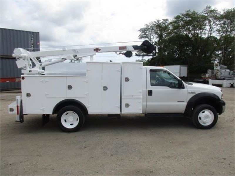 2005 FORD F550 XL SD 6117702435