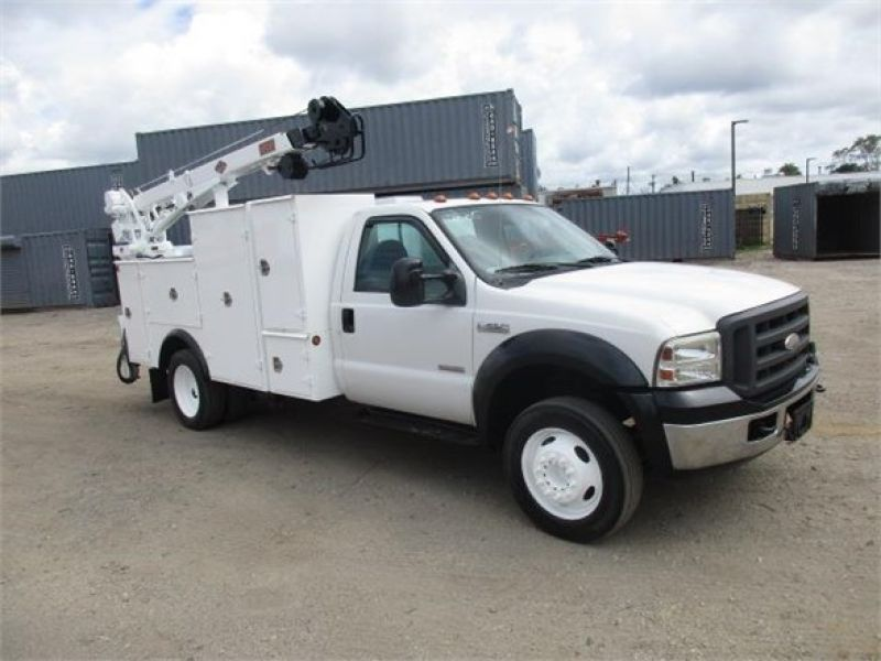 2005 FORD F550 XL SD 6117702445