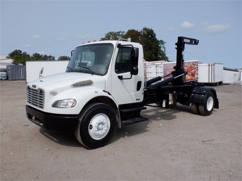 2010 FREIGHTLINER BUSINESS CLASS M2 106 6127705493