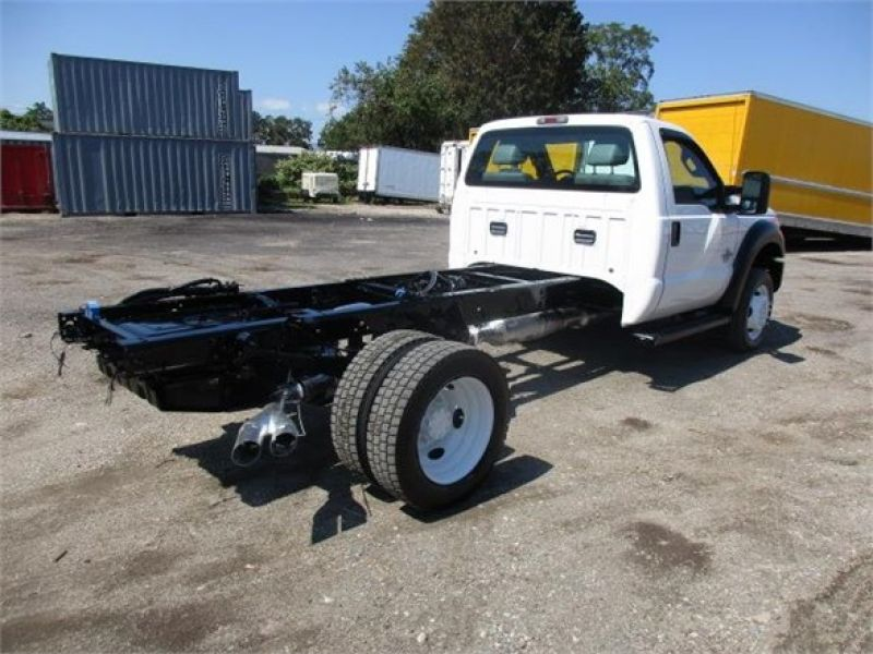 2012 FORD F550 6128582607