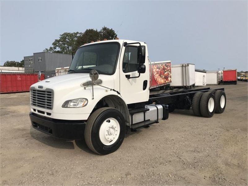 2016 FREIGHTLINER BUSINESS CLASS M2 106 6127716807
