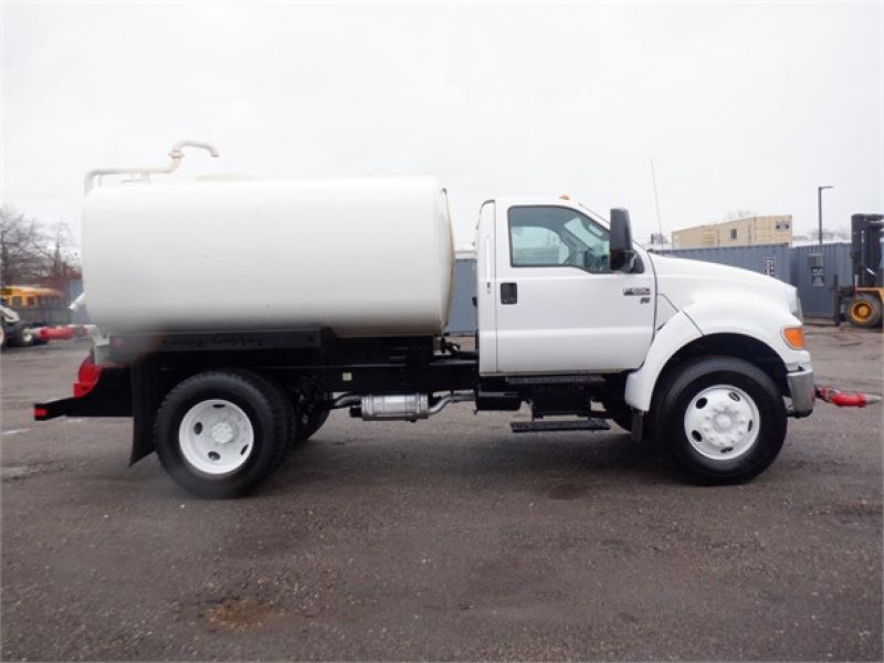 2015 FORD F650 6185558505