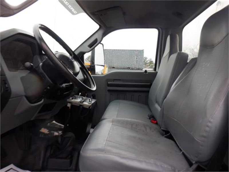 2015 FORD F650 6185558575