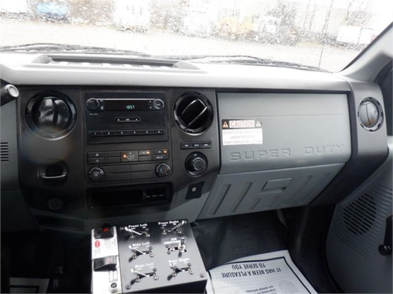 2015 FORD F650 6185558615