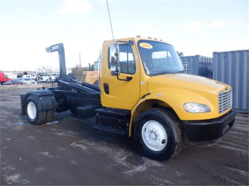 2013 FREIGHTLINER BUSINESS CLASS M2 106 6206752213