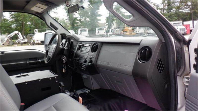 2012 FORD F550 7132222525